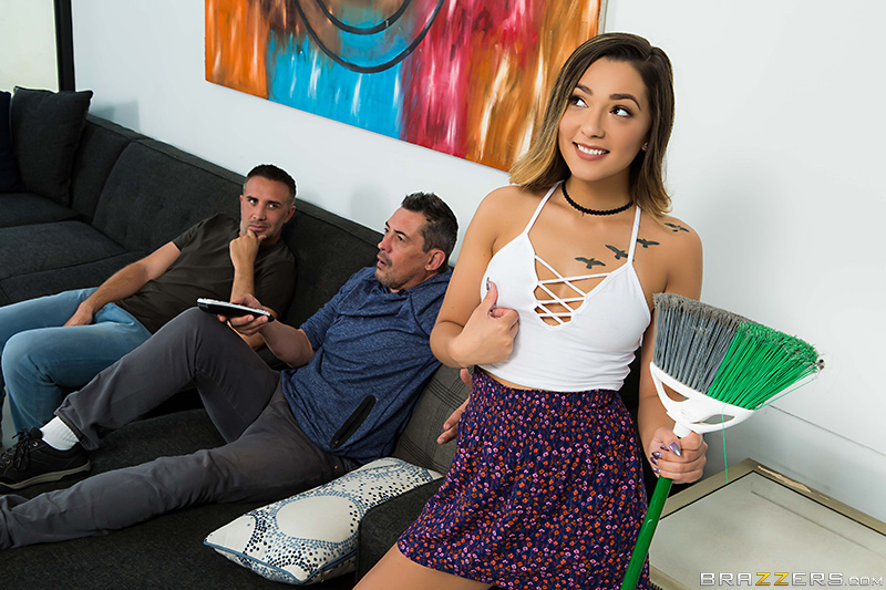 Teens Like It Big – Earning Her Allowance – Keiran Lee & Jaye Summers