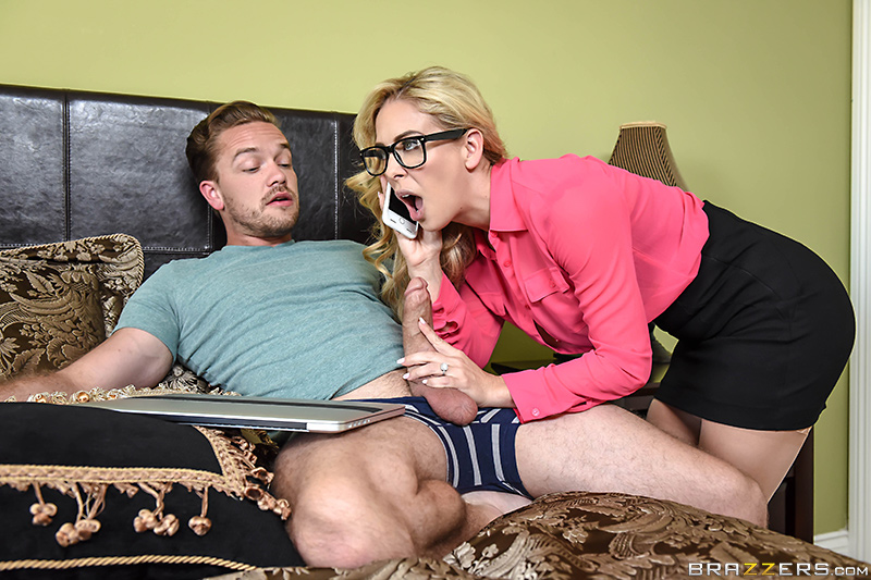 Milfs Like It Big – Mom's Got A Meeting – Cherie Deville & Kyle Mason