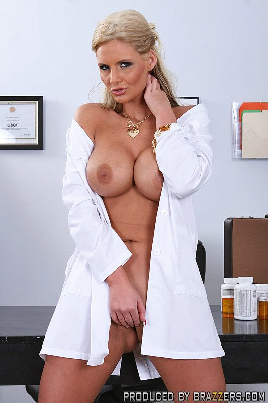 Milf doctor demands anal gapes in lieu of payment 8