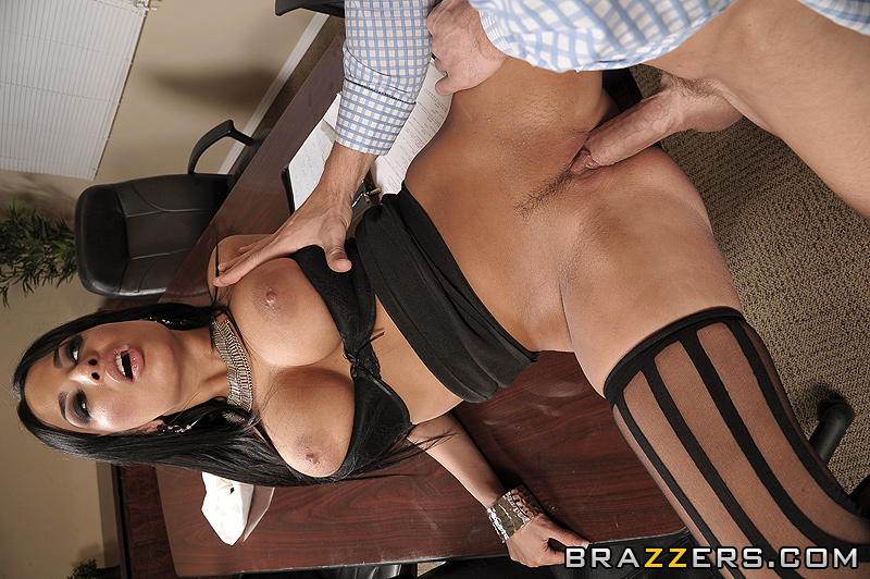 Brazzers stressed out exec samantha ryan fucks her masseur