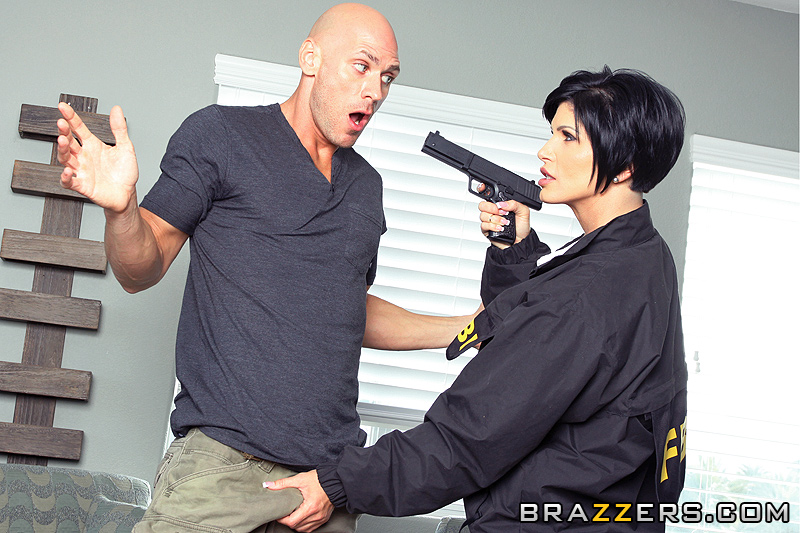 Busty fbi agent fucks information out of her suspect - 1 part 6