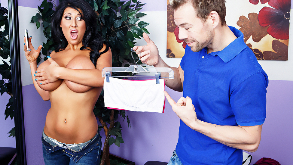 Brazzers – You're Gonna Pay For That! Erik Everhard & August Taylor