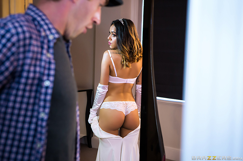 Teens Like It Big – Naughty Little Debutante – Esperanza Del Horno & Danny D