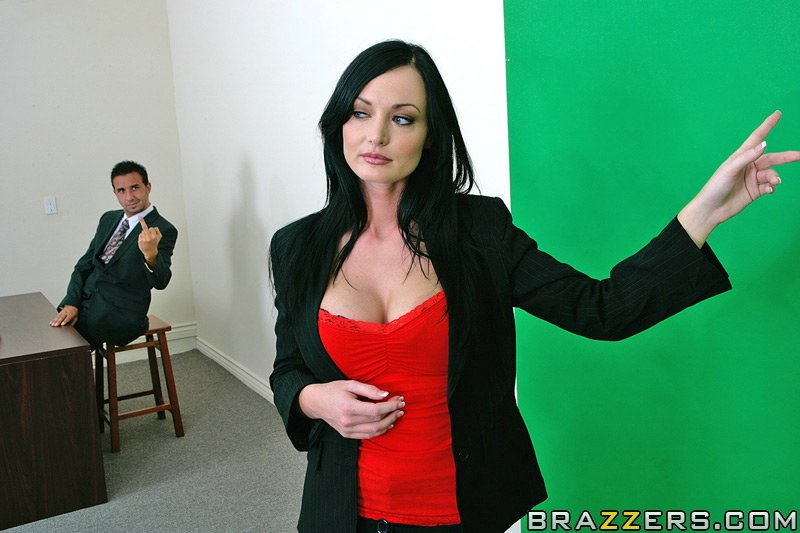 Naked News Free Video Clips 115